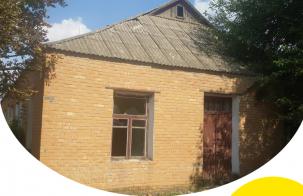 Адміністративна будівля на Харківщині